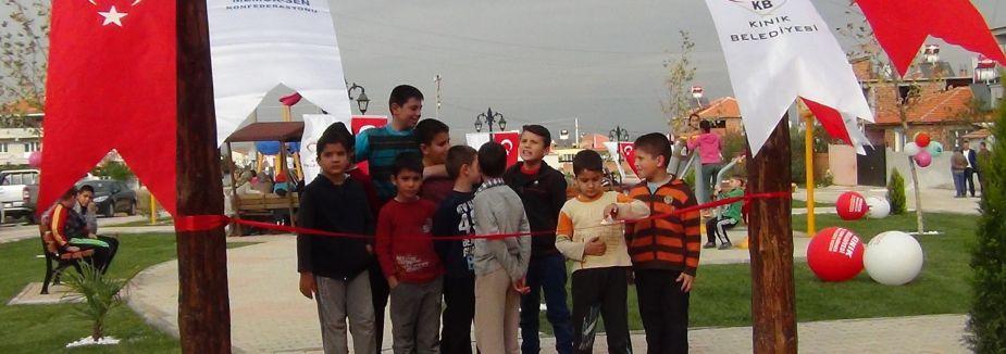 Kınık'ta Maden Şehitleri Parkı açıldı