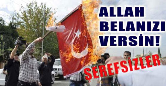K.Iraklı Kürtler Türk Bayrağı yaktılar