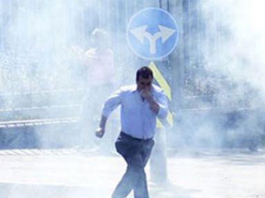 Kızılay'da Protestocu Guruba Müdehale