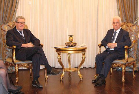 KKTC Cumhurbaşkanı Eroğlu:' Top Rum tarafında'