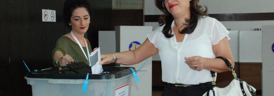 Kosova Halkı Sandık Başına Gitti