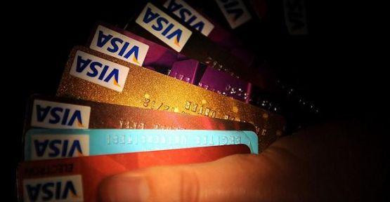 Kredi kartı sayısı artıyor...