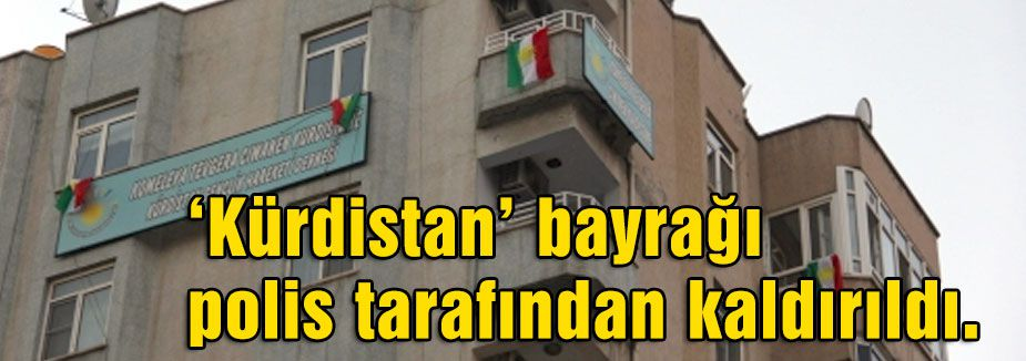 'Kürdistan' bayrağı yerine 6 yeni bayrak asıldı