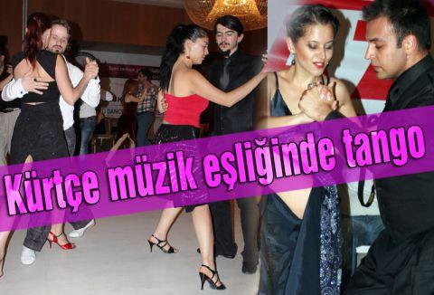 Kürtçe müzik eşliğinde tango