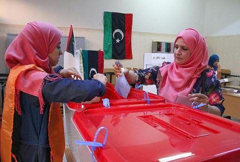 Libyalılar sandık başında...