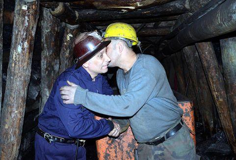 Madenciydi belediye başkanı oldu...