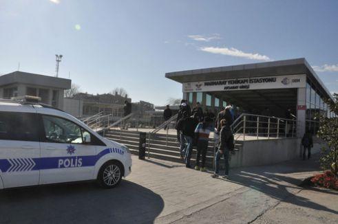 Marmaray istasyonunda şüpheli paket paniği