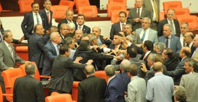 Meclis'te 'Kürdistan' Kavgası