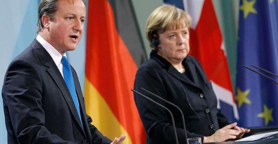 Merkel ve Cameron'dan Esed'e Sert Mesaj...