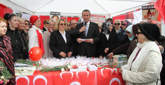 MHP İstanbul Kadınlar Günü'e Damga Vurdu
