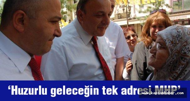 MHP İzmir Adayı Şahin Gençlerle Buluştu