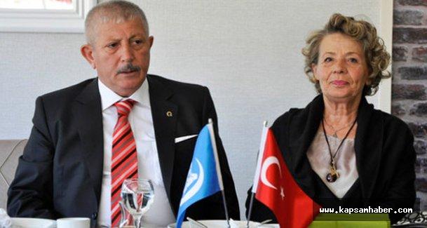 MHP'li Adayı Mehmet Sarı, Ülkücü Gençlerle Bir Araya Geldi