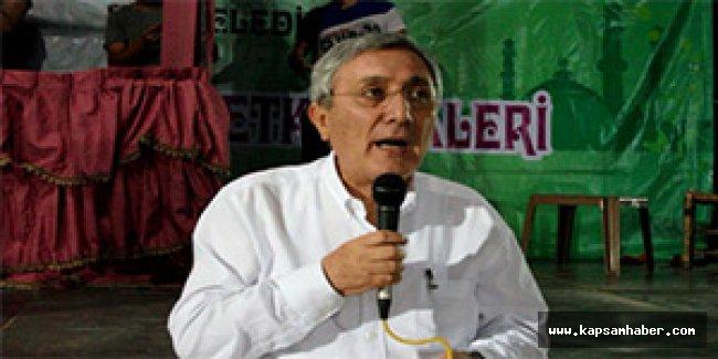 MHP'li Ayhan'dan iftarda siyaset konuşulmasına tepki