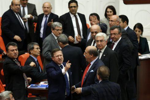 MHP ve HDP arasında 'Kürdistan' tartışması