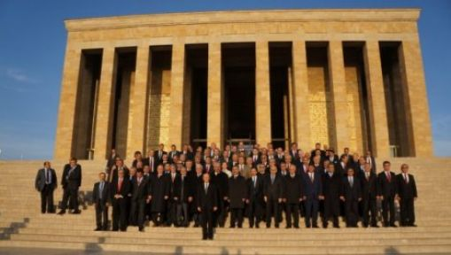 MHP Yeni A Takımıyla Anıtkabir Ziyaretinde....