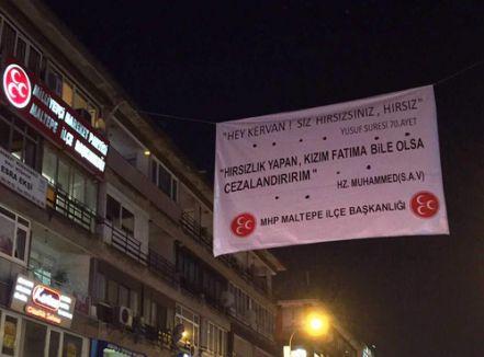 MHP'den yolsuzluğa pankartlı tepki