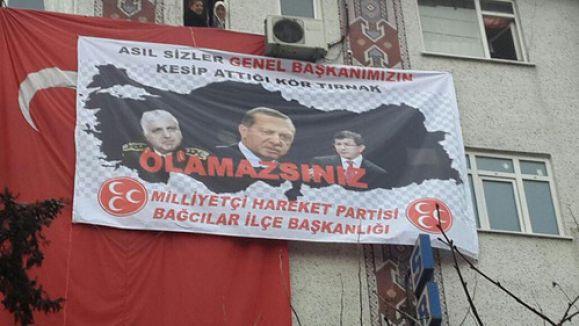 MHP'lilerden Erdoğan'a pankartlı cevap