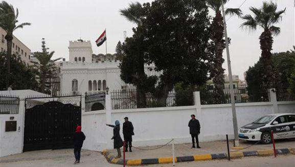 Mısır Büyükelçiliği çalışanları kaçırıldı...