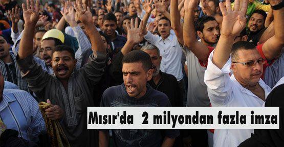 Mısır'da  2 milyondan fazla imza