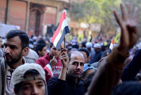 Mısır'da darbe karşıtı gösteriler...