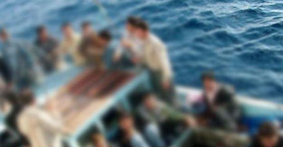 Mısır'da kaçakları taşıyan tekne battı