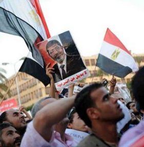 Mısır'da Meydanlar yine dolu