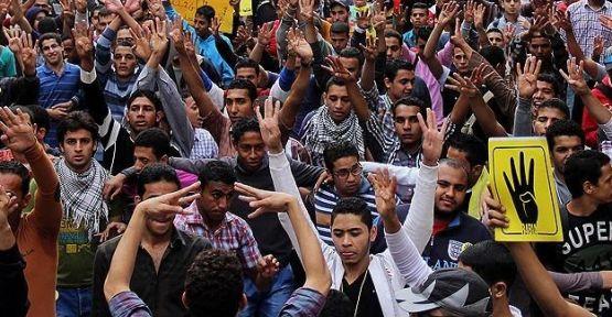 Mısır'da öğrenci eylemleri sürüyor...