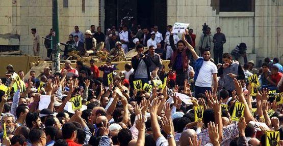 Mısır'da psikolojik savaş yürütülüyor