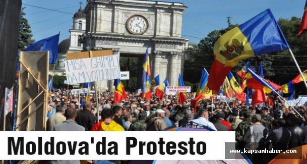 Moldova'da hakl sokağa döküldü