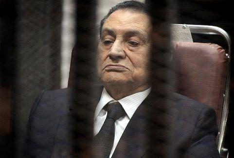 Mübarek'in davası yine ertelendi...