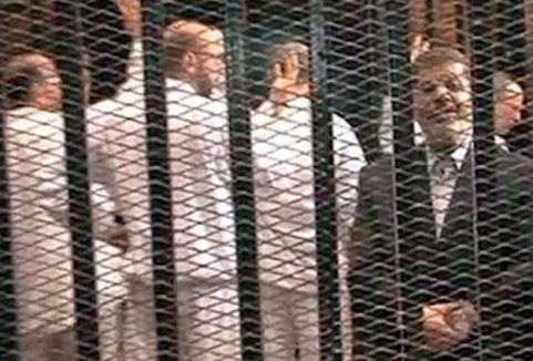 Mursi gizli duruşma ile dinlenecek...