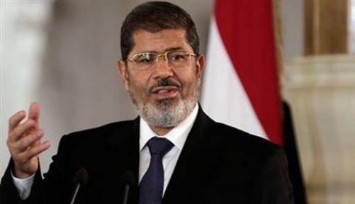 Mursi:'Cumhurbaşkanı Hala Benim'