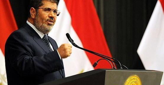 Mursi'nin  Ailesi duruşmaya katılmayacak