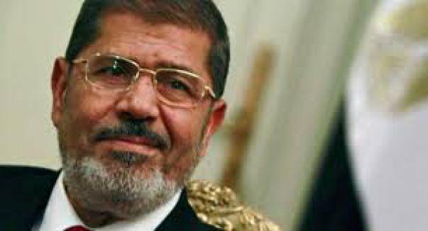 Mursi'nin duruşması ertelendi...