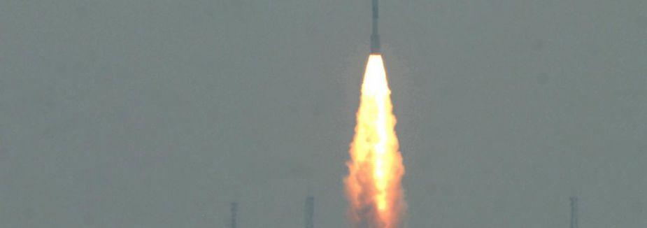 NASA uzaya izleme ve veri toplama uydusu gönderdi...
