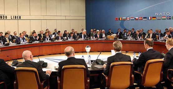 NATO dışişleri bakanları toplanıyor