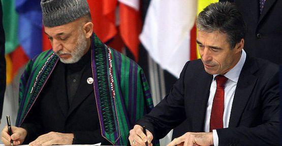 NATO Karzai'den imza bekliyor...