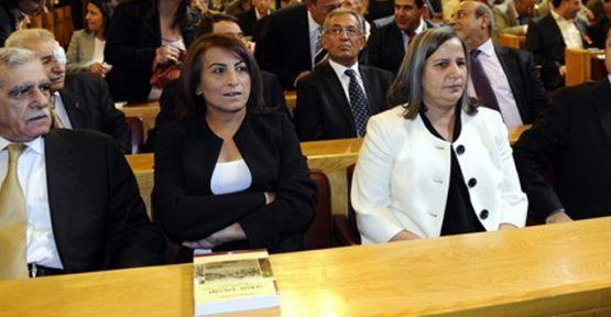 Öcalan İsteğli BDP Vekillerini Karıştırdı...