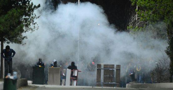 ODTÜ'de Polis eylemcileri kaydetti