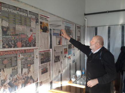 Özgür medyaya darbe operasyonuna gazete kupürlü tepki
