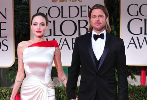 Pitt ve Jolie evlendi