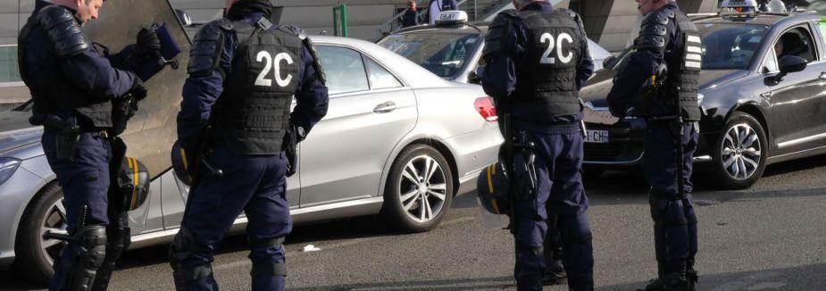 Polis yanlış yerde bekledi