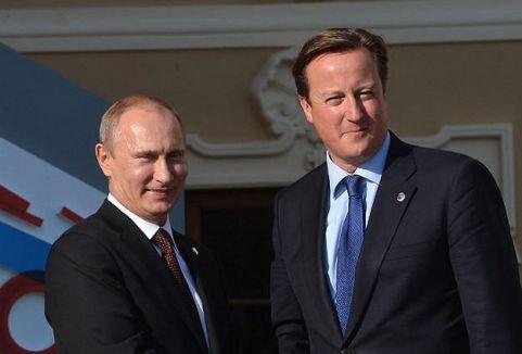 Putin ve Cameron Ukrayna'yı görüştü