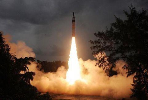 Rusya'dan kıtalararası balistik füze denemesi