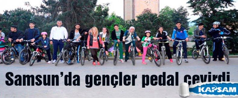 Samsun'da gençler 'sağlıklı yaşam' için pedal çevirdi