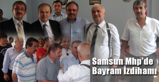 Samsun Mhp'de Bayram İzdihamı