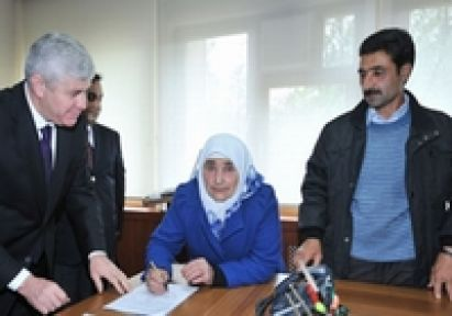 Şehit Annesi:''Terör Belasının Eğitimle Sona Ereceğine İnanıyorum