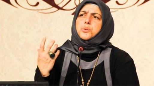 Sibel Eraslan:''Türk Bayrağı ile Dövdüler''
