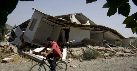 Şili'de 6,6 büyüklüğünde deprem...