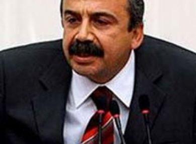 Sırrı Süreyya Önder'in programı iptal edildi